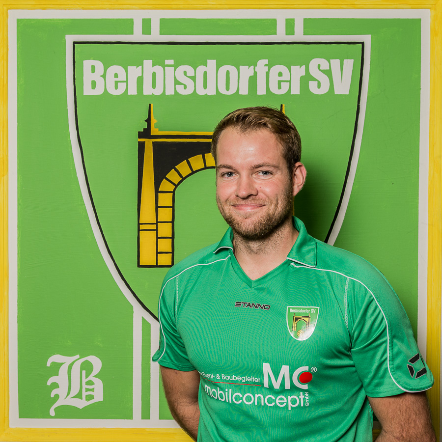 16 - Marco Hirsch