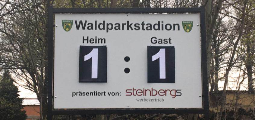 Anzeigetafel im Waldparkstadion